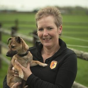 Angel hondendeskundige voor voeding en training